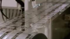kak-delaut-mikrochipi-dly-odegdi-1